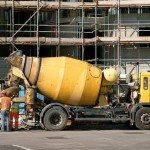 Image of a concrete mixer to illustrate the amount of effort needed to memorize the vocabulary of more than one language at a time