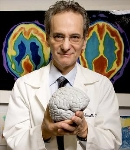 Portrait of memory expert Gary Small and author of 2 Weeks to a Younger Brain