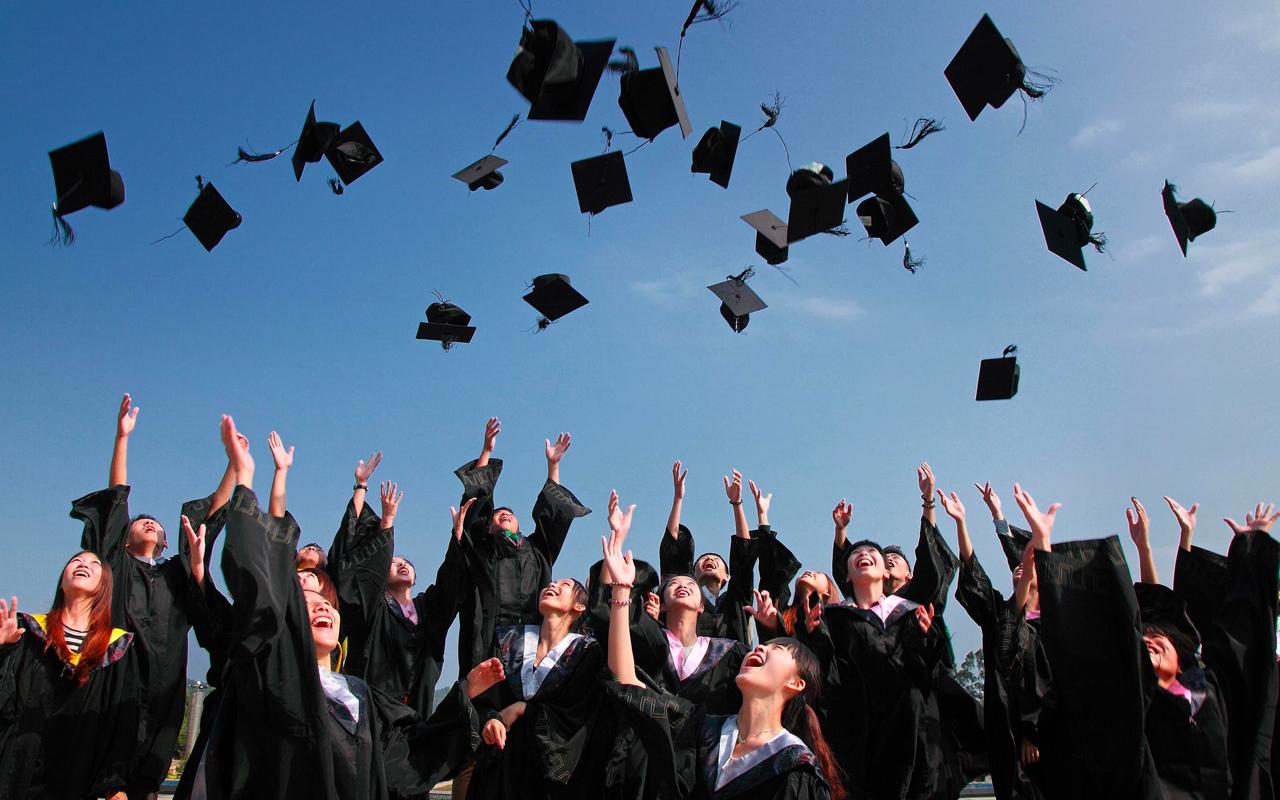 graduated students celebration