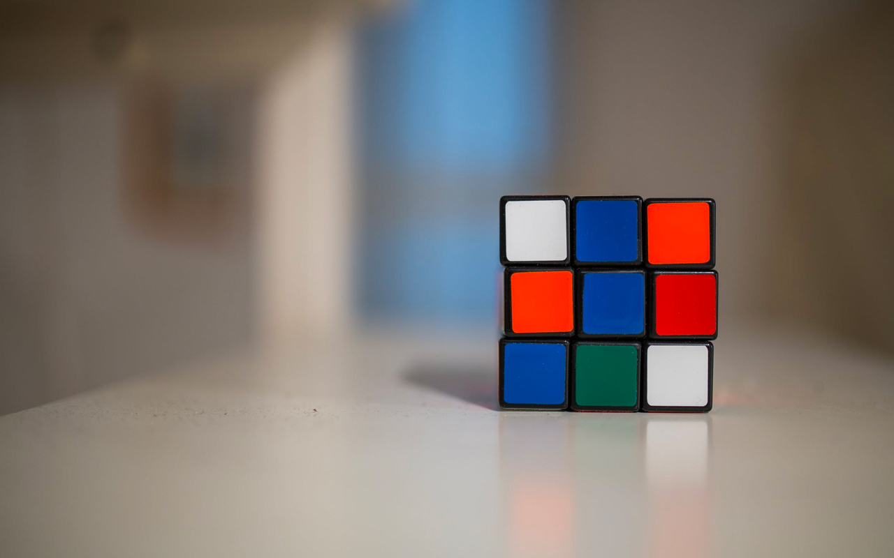 blue white red green cubes