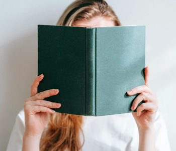 how to read a book and remember everything feature image