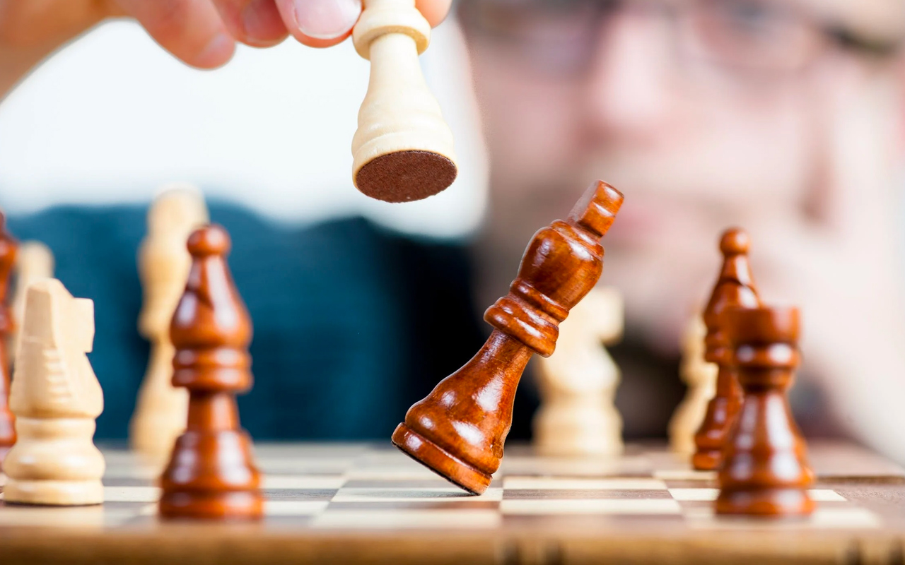 yellow and brown chess